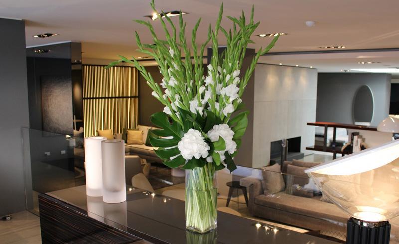 Цветы на ресепшн фото отель